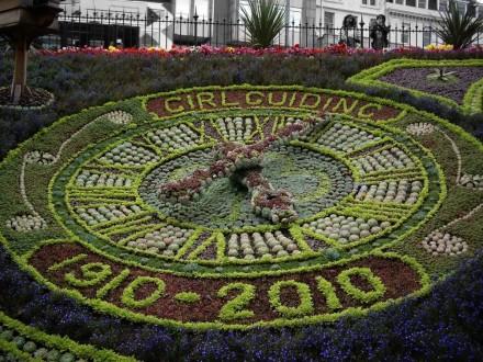 floral-clock-5