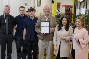 Chesterfield College Group, Learning Unlimited Derby 'Employer of the Year' award. Chesterfield College Group run regional apprenticeships across Manchester, Birmingham and the East Midlands. This is in recognition of the huge work we all do to support our young people including Kirstie, Annie, Mitch and Sam and Ben, who was out on site when this photo was taken. Left to right: Jason Glennie of Learning Unlimited Derby, Sam Schoonderwoerd, Mitchell Eaton, Mr Nicholas Smith, Annie Barlow, Kirstie Davies.